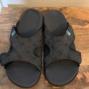 New Spenco Orthopedic Support Sandals, 9